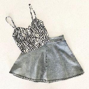 Dynamite Striped Black & White Sleeveless Crop Top